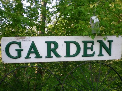 Garden Signs by Decorating Tips How To Make A Personalized Garden Sign