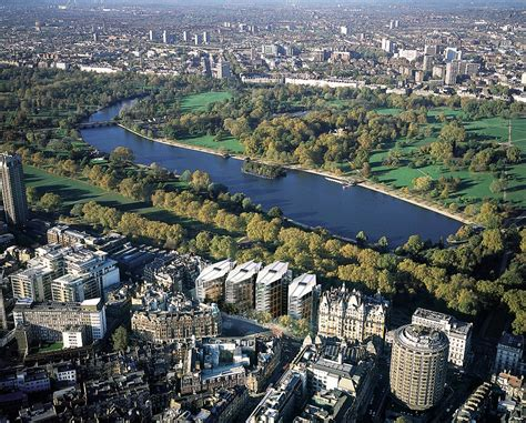 one hyde park one hyde park development flat sold for 163 27m daily mail