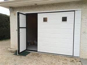 porte de garage basculante avec portillon pas cher