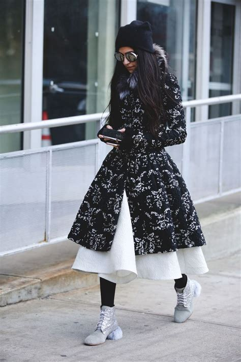 Looks Of The Week Fabsugar Want Need 25 by 25 Best Ideas About Ny Fashion Week On