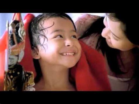 Handuk Smile tvc commercial advertising iklan indonesia handuk merah putih cepat kering