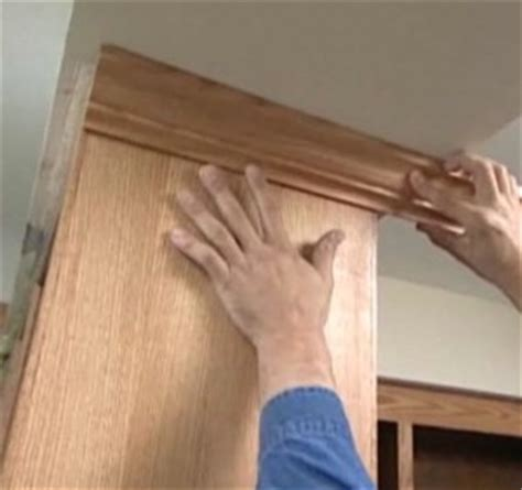 kitchen cabinets decorative molding ideas