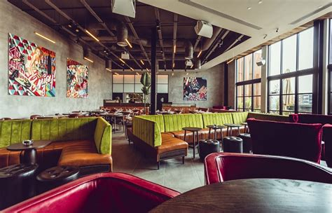 high tops bar and grill east 59th d d london launches new york style rooftop bar