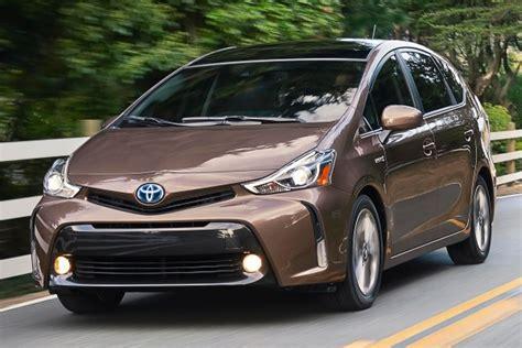 Toyota Prius Wagon 2015 Toyota Prius V Wagon Pricing Features Edmunds