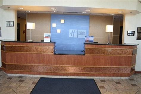 Inn Express Front Desk Description by Front Desk Picture Of Inn Express Madera Madera
