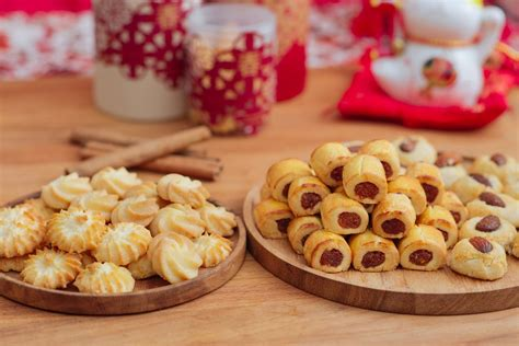 new year 2018 cookies singapore 9 new cookies and snacks to try this new year
