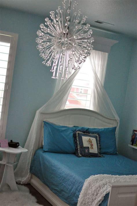 Frozen Room Decor A Princess S Frozen Castle Bedroom Kid Room Decor Ideas Pinterest Castles Castle