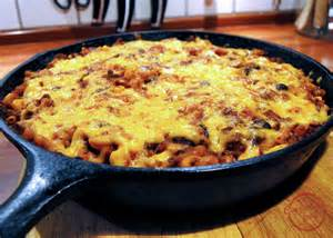 comfortable food southwest skillet chili mac