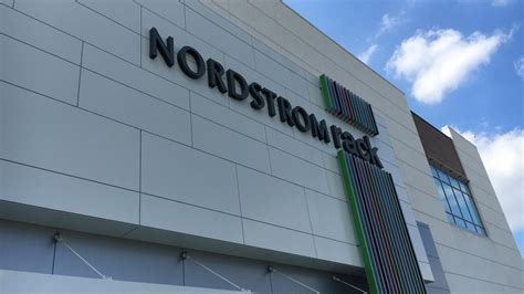 Nordstrom Rack Pittsburgh Pa by Look Nordstrom Rack At The Block Northway Pittsburgh Business Times
