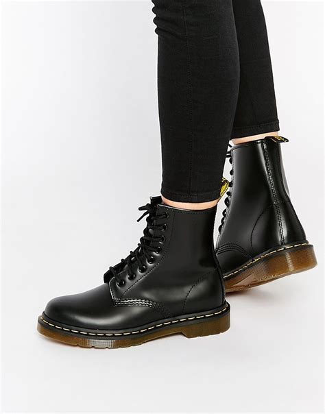 Boots Dr Martins dr martens modern classics smooth 1460 8 eye boots want