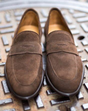 5 shoes every needs the best selling s footwear
