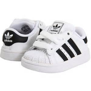 Hombres De Las Adidas Originals Superstar 2 Sparkles Casual Zapatos Negro Leopard G63439 Zapatos P 462 by Adidas Superstar Para Ni 241 Os에 관한 상위 25개 이상의 아이디어