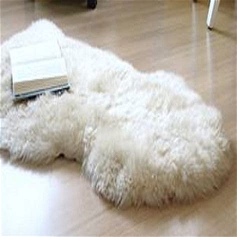 how to clean a fur rug how to clean a sheepskin rug