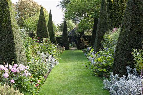 giardini all italiana guardino all italiana giardino all inglese westwing magazine