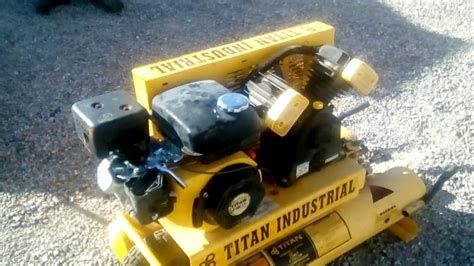 titan industrial 8 gallon air compressor review