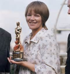 miss jackson mp glenda jackson to play shakespeare s king lear at the old