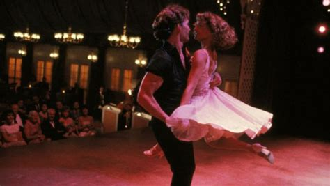 dirty dancing c jennifer grey passed on abc s dirty dancing hollywood