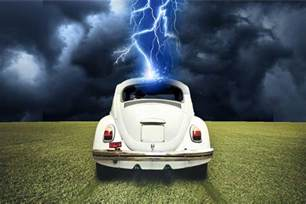 Can Lighting Hit Your Car Since A Car Has Rubber Tires Are You Safe Inside During A