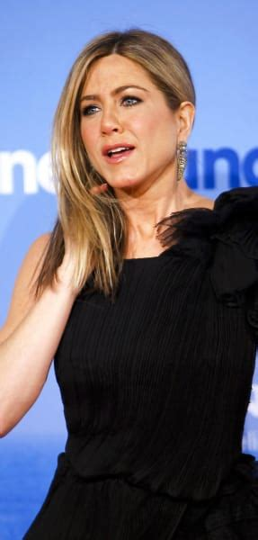 Jen Anistons 5 Million Tell All by Lies Aniston War Continues The