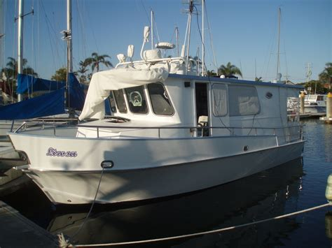 motor boats for sale sunshine coast lirosa 2006 33 ft motorcruiser cp yacht sales sunshine