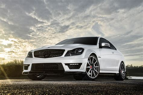 mercedes wallpaper mercedes benz c63 hd wallpapers