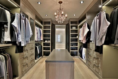 Master Bedroom Design With Closet by Master Bedroom Designs With Walk In Closets