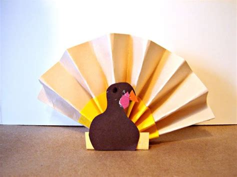 Paper Fan Craft - top 10 make a turkey craft paper bag plate