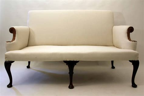 queen anne settee queen anne style sofa 47 with queen anne style sofa