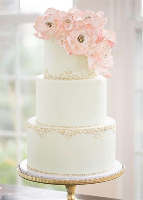 Simple Vintage Wedding Cake Ideas by 25 Best Ideas About Wedding Cakes On
