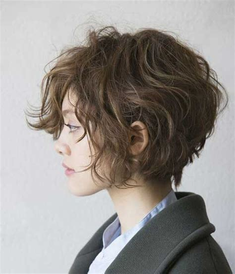 haircuts for curly frizzy hair short stylish short haircuts for curly wavy hair short