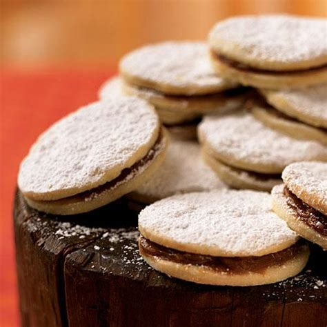 dulce de leche filled cookies christmas cookie recipes