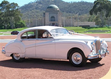 Wedding Car Canberra by Limousines Wedding Cars Canberra