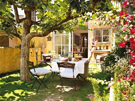 imagenes de jardines exteriores pequeños c 243 mo decorar un jard 237 n tendenzias com