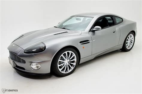 Aston Martin Vanquish Bond by This Is A Ford Based Replica Of Bond S Aston Martin