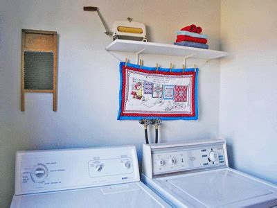 Decorating Laundry Room Walls by 4 Simple Laundry Room Decoration Ideas Eco Style Laundry