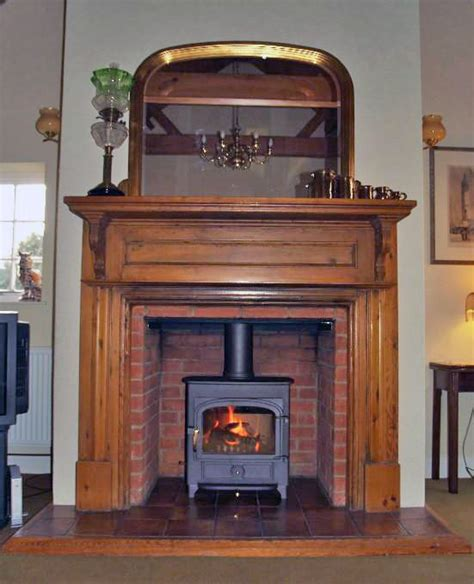 How High Is A Fireplace Mantel by 25 Best Ideas About Oak Mantel On Oak