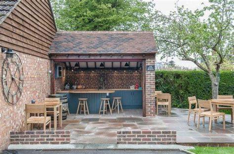 Bar Exterieur De Jardin am 233 nager un bar de jardin conseils utiles