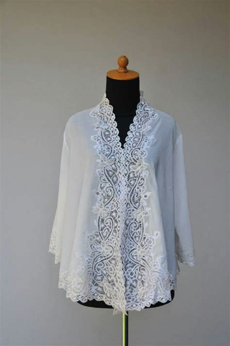 Best Blazer Casual White Putih 1 40 best images about kebaya batik on kimonos