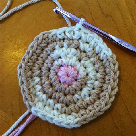 pattern for yarn cat my yarn spot free dog cat butt coaster pattern crochet