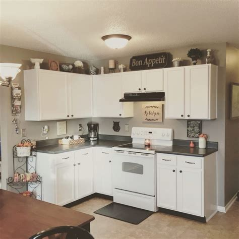 what color hardware for white kitchen cabinets what color hardware for white kitchen cabinets white