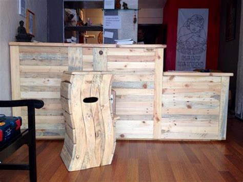 Cool And Easy Things To Make Out Of Paper - cool and easy shipping wood pallet projects recycled things