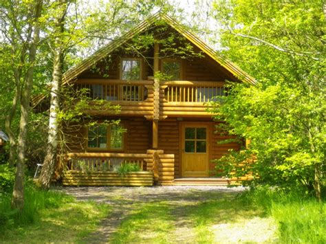 summer c cabins llanfairpwllgwyngyll holiday cabin stunning authentic