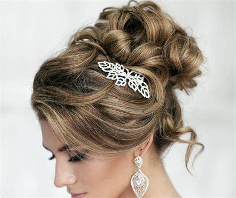 peinados de fiesta para pelo no tan largo recogidos altos peinados para las bodas m 225 s modernas