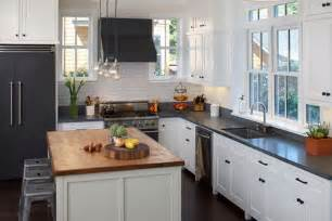 Small Black And White Kitchen Ideas by Small Kitchen Floor Plans With Mini Pendant Lamps Above
