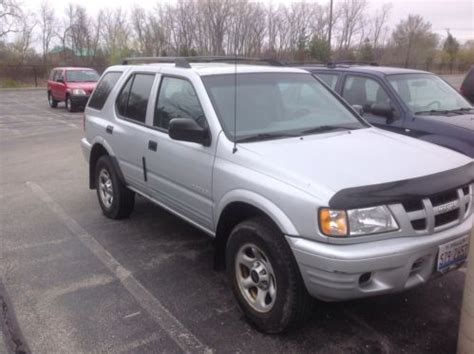 how to sell used cars 2003 isuzu rodeo lane departure warning sell used 2003 isuzu rodeo s sport utility 4 door 2 2l in lake zurich illinois united states