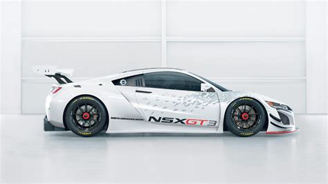 acura the car race car for the road acura nsx and gt3 side by side