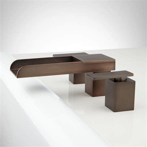 bathtub waterfall willis waterfall tub faucet tub faucets bathroom