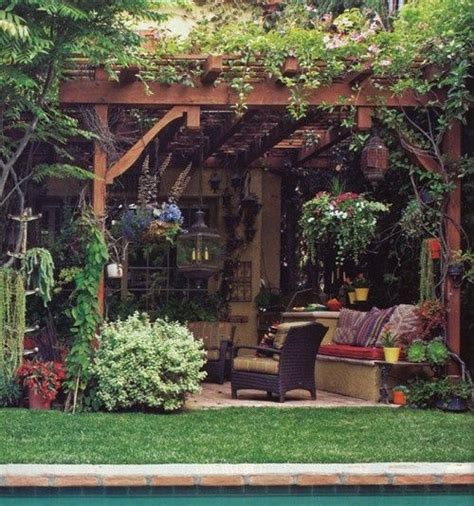 1000 ideas about outdoor sitting areas on