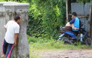 gambar foto lucu orang lagi pacaran terbaru 2016 bulandolar free