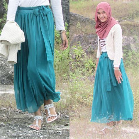 Maxi Rumbai By Ayu Fashion ayu rukhmana dewi button skirt maxi light green light